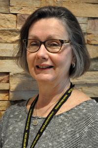Helen Yoxon Headshot